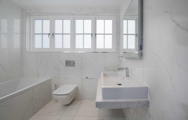hg11-Bathroom-1