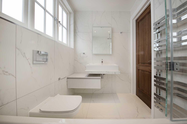 hg12-Bathroom-1