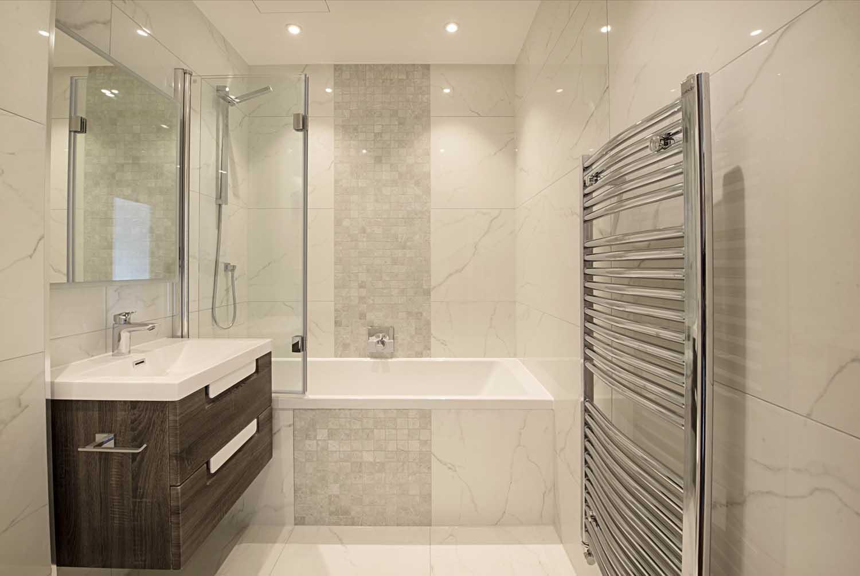 hg15-Bathroom-3