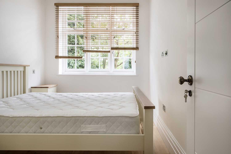 hg26-Bedroom-1